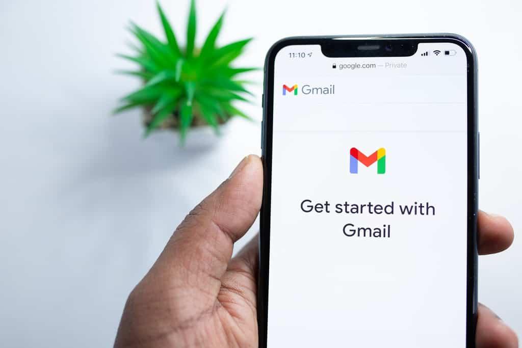 Gmail app crashing